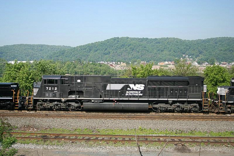 NS 7212